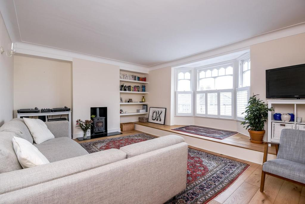 2 Bedrooms Flat for sale in Broxholm Road, West Norwood, SE27