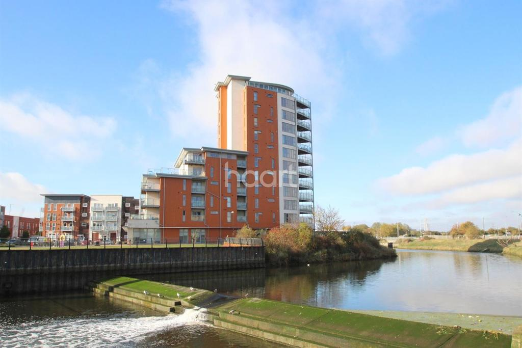 2 Bedrooms Flat for sale in Reavell Place, WATERFRONT, IP2 0ET
