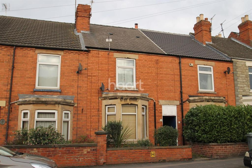 2 Bedrooms Terraced House for sale in Huntingtower Road, Grantham