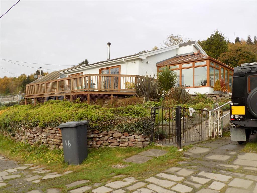 2 Bedrooms Detached Bungalow for sale in Gelliceibryn, Glynneath, Neath