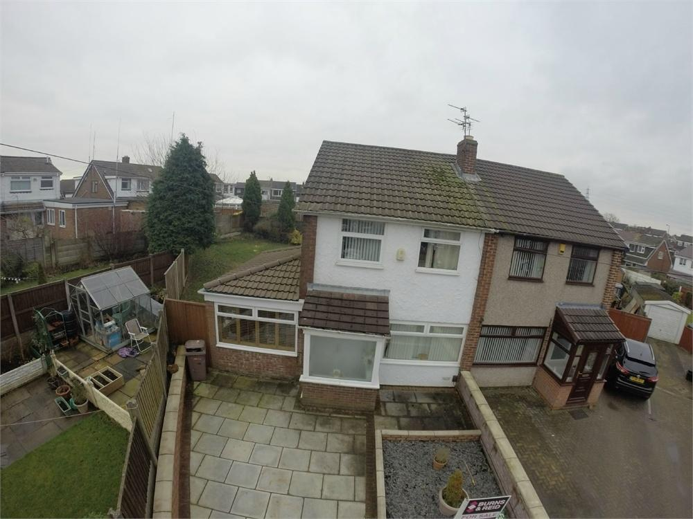 3 Bedrooms Semi Detached House for sale in Westleigh Place, Sutton Leach, ST HELENS, Merseyside