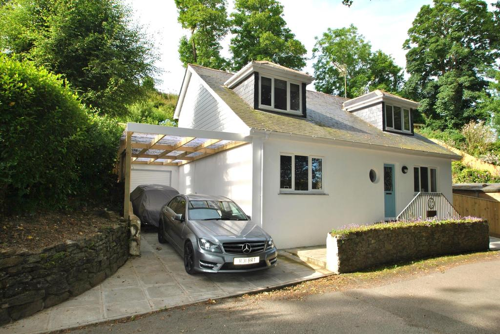 3 Bedrooms Detached House for sale in Old Rectory Drive, Bridge Hill