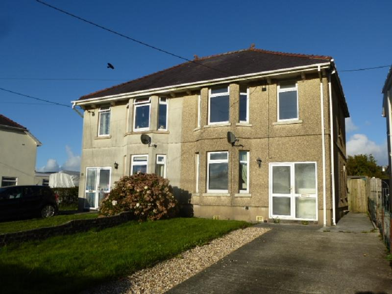 3 Bedrooms Semi Detached House for sale in The Crescent, Gorslas, Llanelli, Carmarthenshire.
