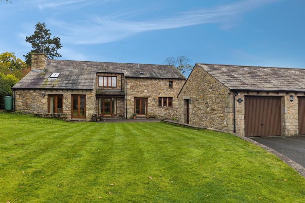 4 Bedrooms Barn Conversion Character Property for sale in Croft View, Wrayton