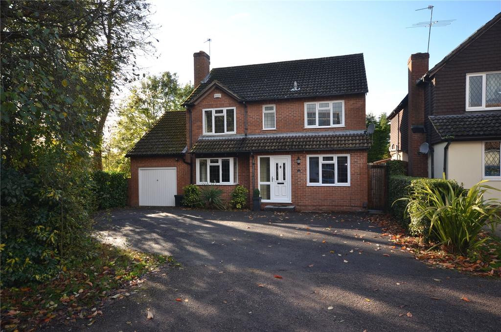4 Bedrooms Detached House for sale in Piercefield, Calcot, Reading, Berkshire, RG31