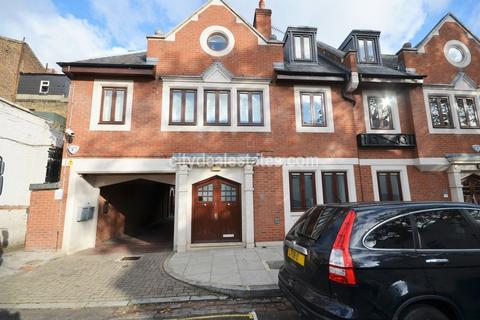 Office to rent - St Mary Abbot's Place, Kensington W8 6LS