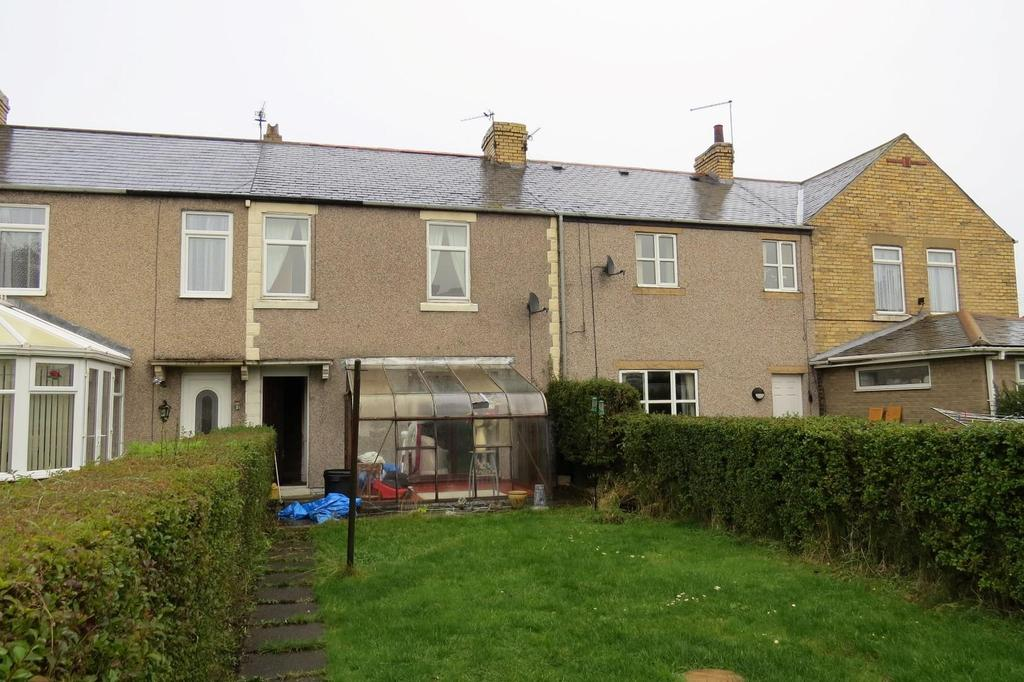 2 Bedrooms Terraced House for sale in Henley Square, Lynemouth, Morpeth
