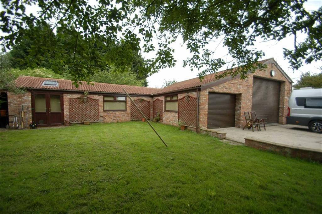 3 Bedrooms Detached Bungalow for sale in Lowthorpe, Driffield, East Yorkshire, YO25