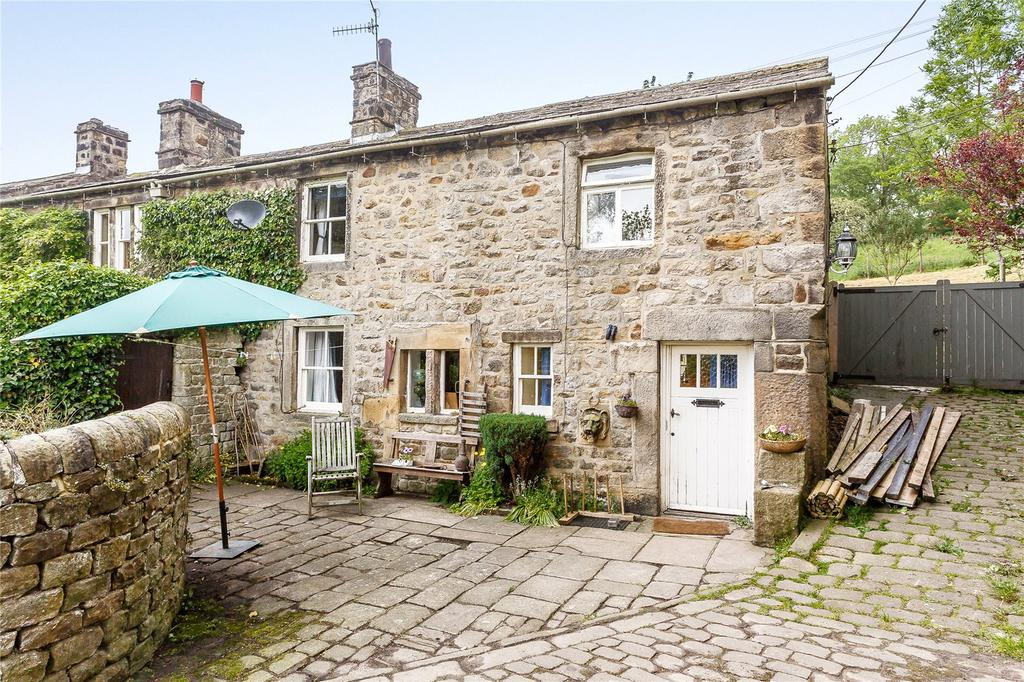 3 Bedrooms Semi Detached House for sale in Eastby, Skipton