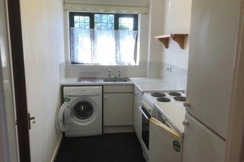 1 bedroom flat to rent - Rembrandt Close, Cannock WS11