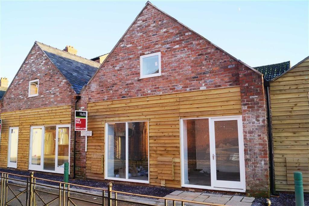 2 Bedrooms Terraced House for sale in Red Lyon Mews, Whitchurch, SY13