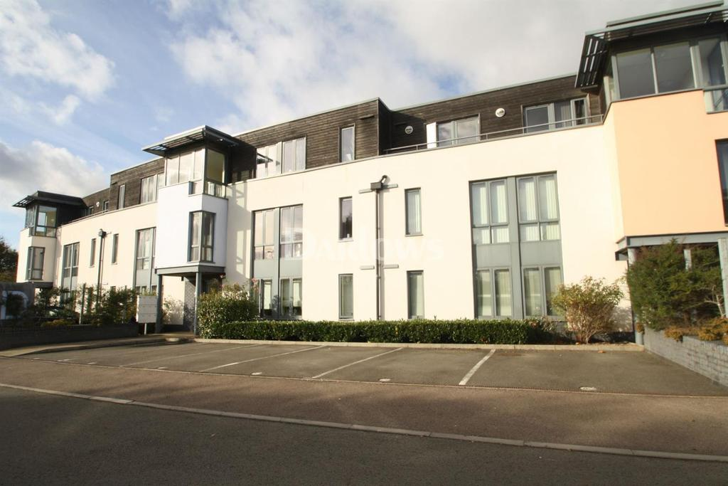 1 Bedroom Flat for sale in Samuels Crescent, Whitchurch , Cardiff