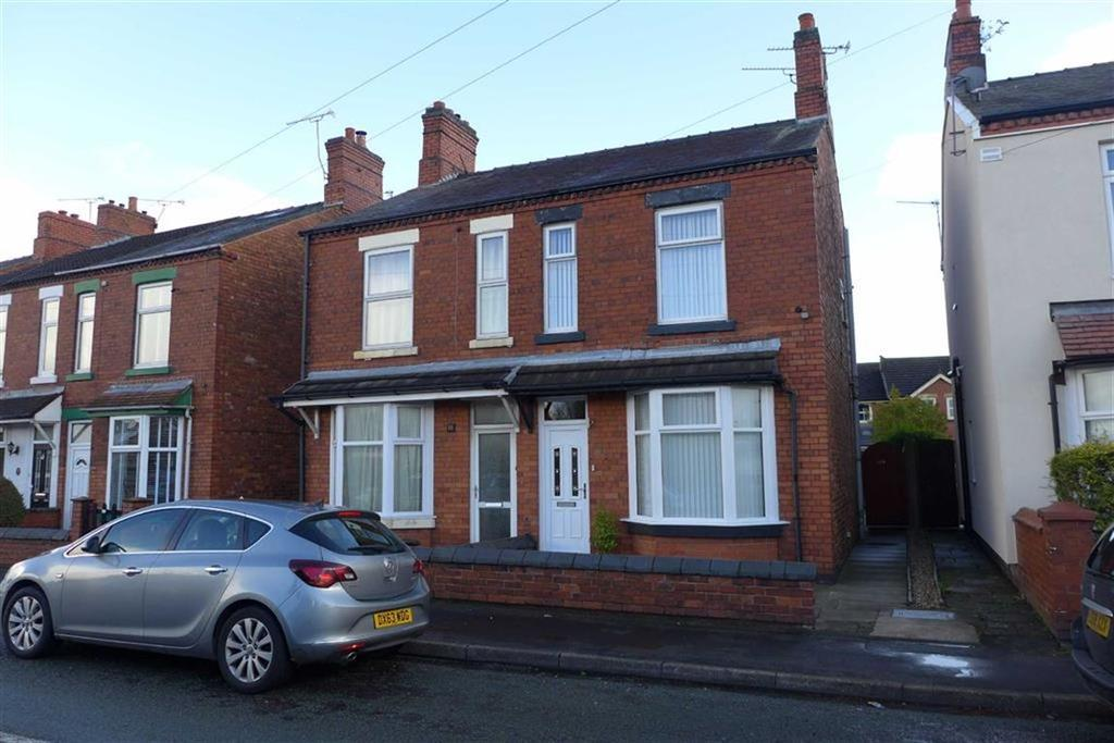 3 Bedrooms Semi Detached House for sale in Broughton Road, Crewe