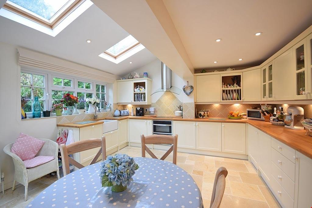 3 Bedrooms Detached House for sale in St Ewe,Roseland Peninsula,Cornwall, PL26