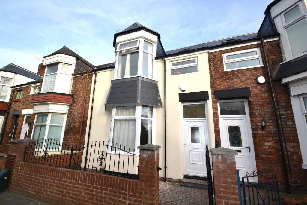 3 Bedrooms Terraced House for sale in Cleveland Road, Barnes