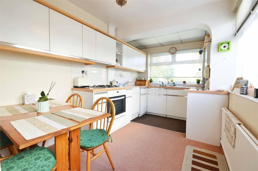 3 Bedrooms Detached House for sale in York Road, Dartford