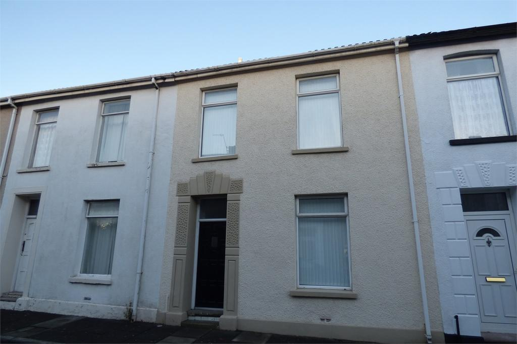 3 Bedrooms Terraced House for sale in 14 Woodend Road, Llanelli, Carmarthenshire