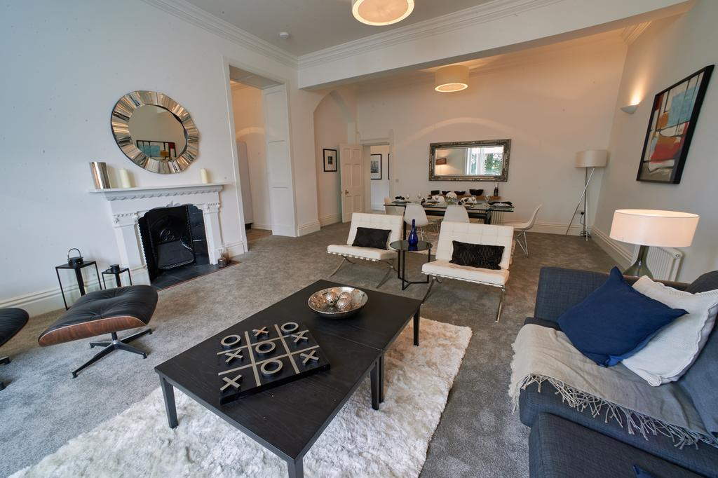 3 Bedrooms Apartment Flat for sale in Luxury Apartment, Royal Sutton Place, Central Sutton