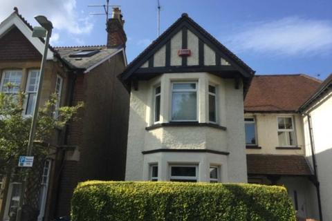 4 bedroom semi-detached house to rent - Minster Road, East Oxford