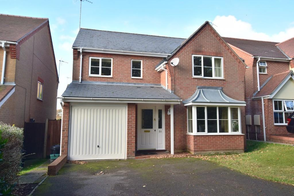 4 Bedrooms Detached House for sale in Thornton Drive, Colchester, CO4 5WB