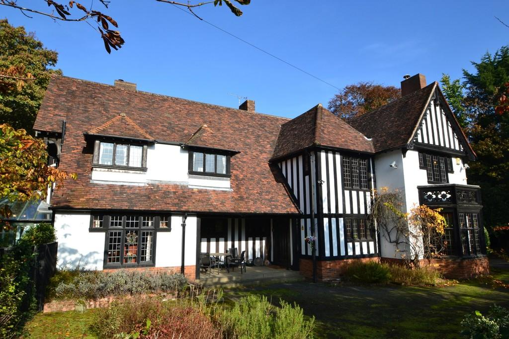 6 Bedrooms Detached House for sale in Constitution Hill, Ipswich, Suffolk