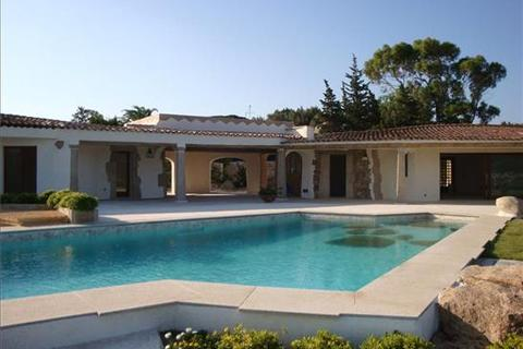5 bedroom villa  - Porto Cervo, Sardinia