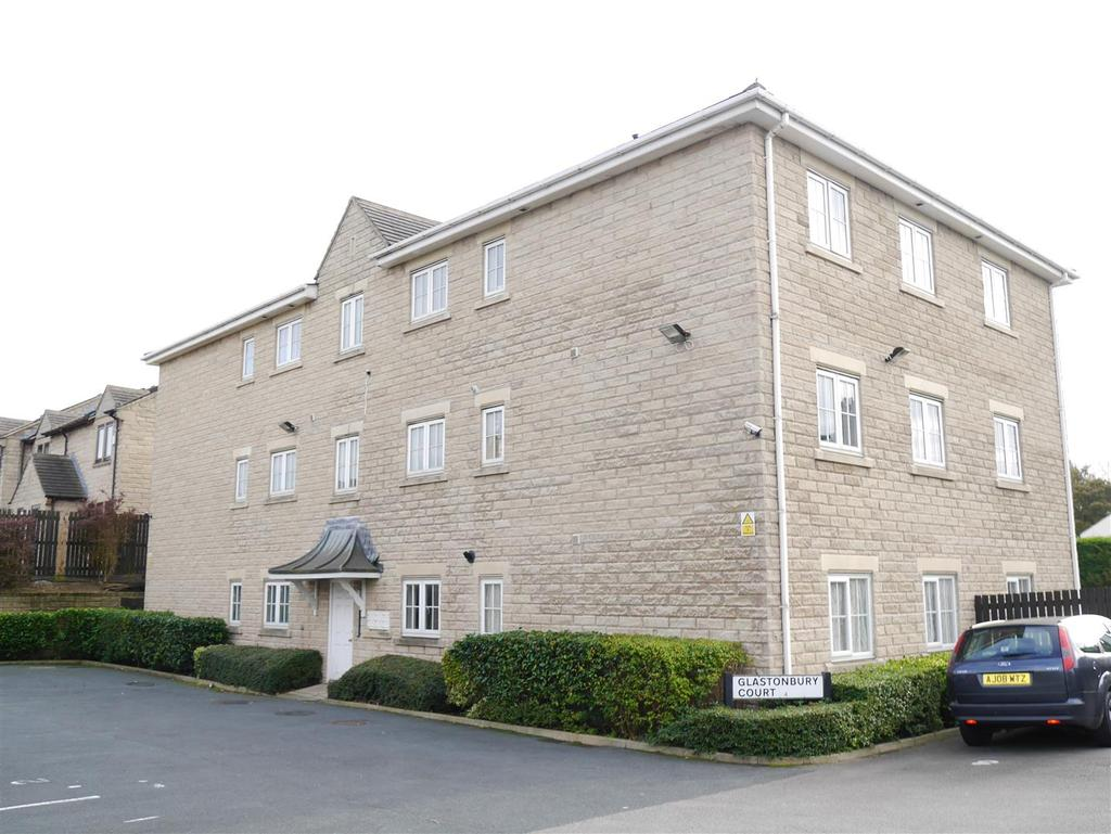 2 Bedrooms Flat for sale in Glastonbury Court, Tyersal, Bradford, BD4 8NZ