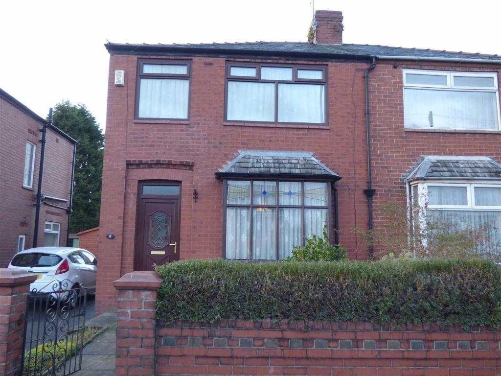 3 Bedrooms Semi Detached House for sale in Raven Avenue, Chadderton, Oldham, OL9