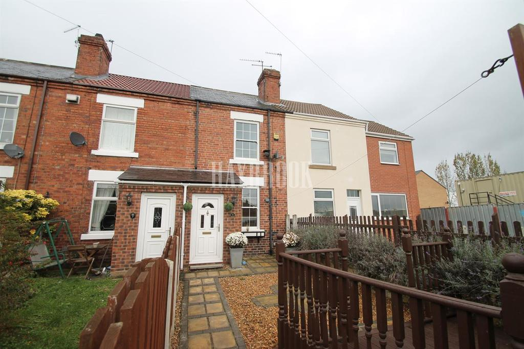 2 Bedrooms Terraced House for sale in Highthorn Villas, Highthorn Road