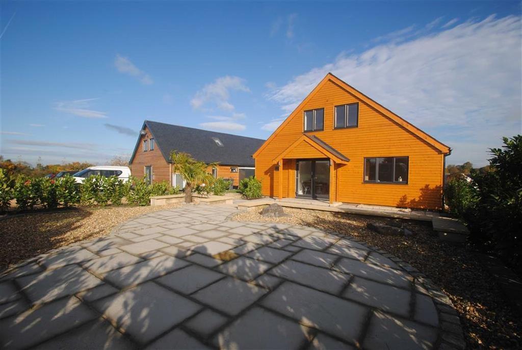 3 Bedrooms Detached House for sale in Woodbridge Golf Course, Brinkworth