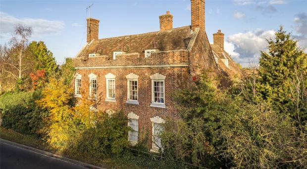 8 Bedrooms Detached House for sale in Old North Road, Bassingbourn, Royston, Cambridgeshire