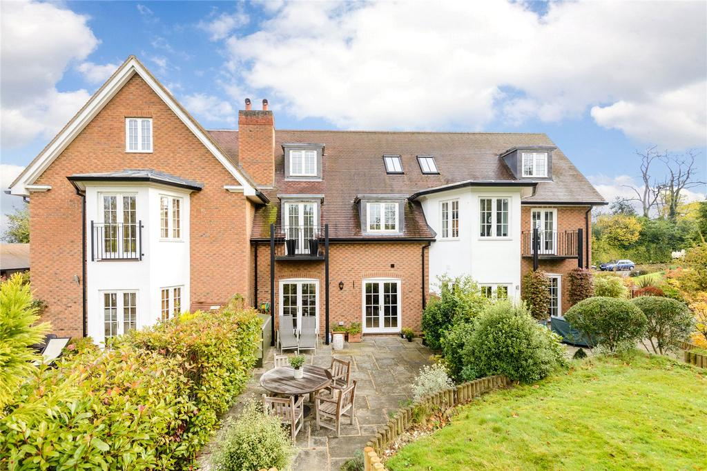 3 Bedrooms Terraced House for sale in The Old Rectory, Rectory Lane, Bookham, Leatherhead, KT23