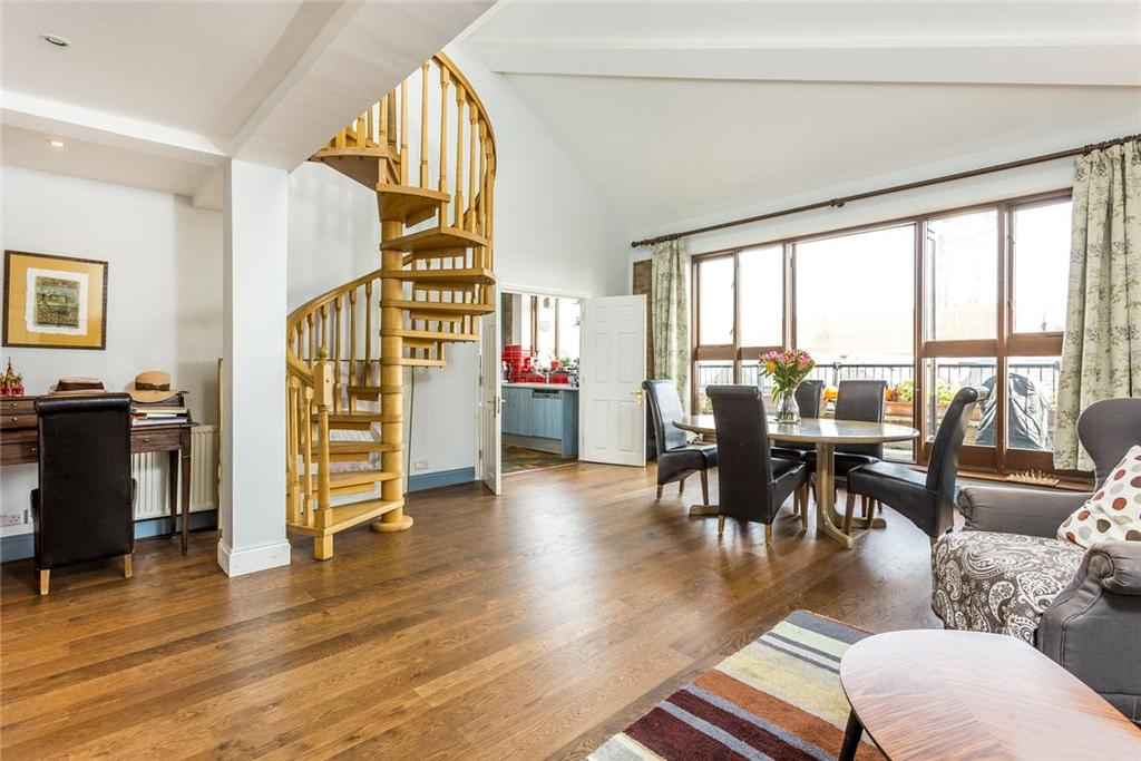 3 Bedrooms Penthouse Flat for sale in Telfords Yard, 6 - 8 The Highway, Wapping, London, E1W