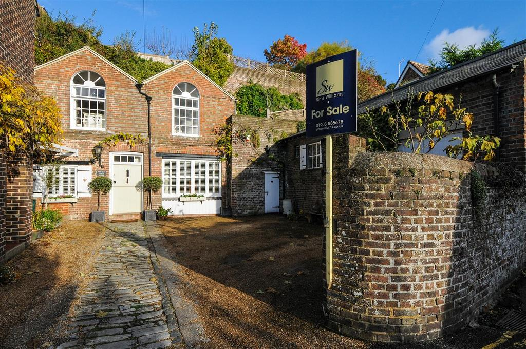 2 Bedrooms House for sale in Park Place, Arundel