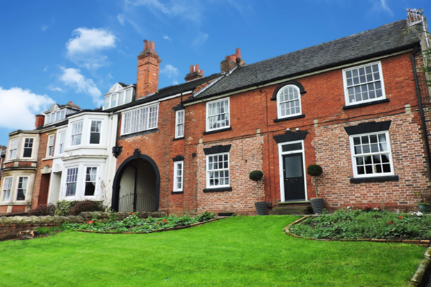 6 Bedrooms End Of Terrace House for sale in Nottingham Road, Stapleford, Nottingham, NG9