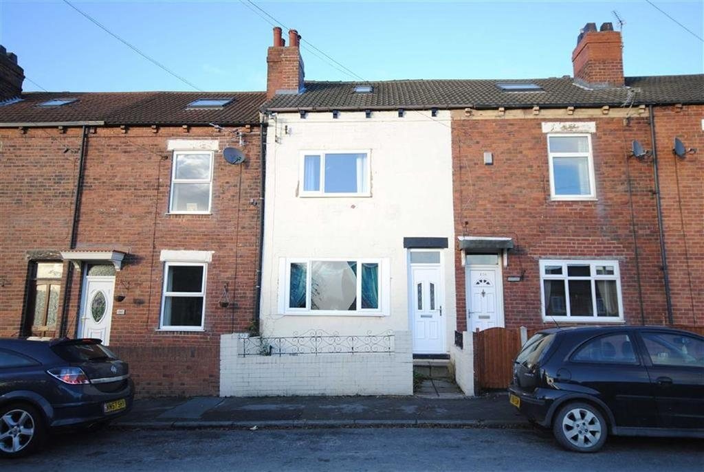 3 Bedrooms Terraced House for sale in Leeds Road, Allerton Bywater, Castleford, WF10