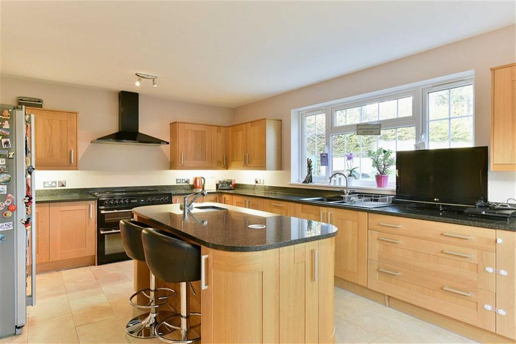 4 Bedrooms Detached House for sale in St Marks Road, Epsom Downs, Surrey