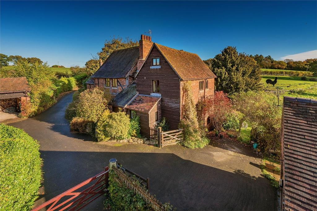 4 Bedrooms Semi Detached House for sale in 2 Southall Paddocks, Billingsley, BRIDGNORTH, Shropshire