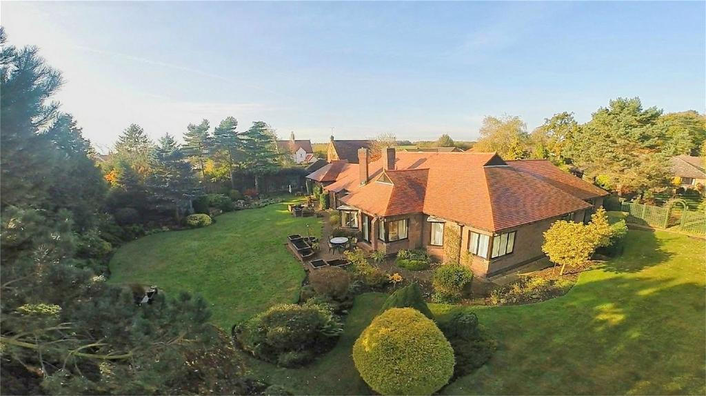 3 Bedrooms Detached Bungalow for sale in 4 The Meadows, West Ella, Hull, East Riding of Yorkshire