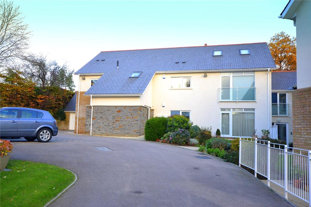 3 Bedrooms Apartment Flat for sale in Denstone Court, Ty Gwyn Crescent, Cyncoed, Cardiff, CF23