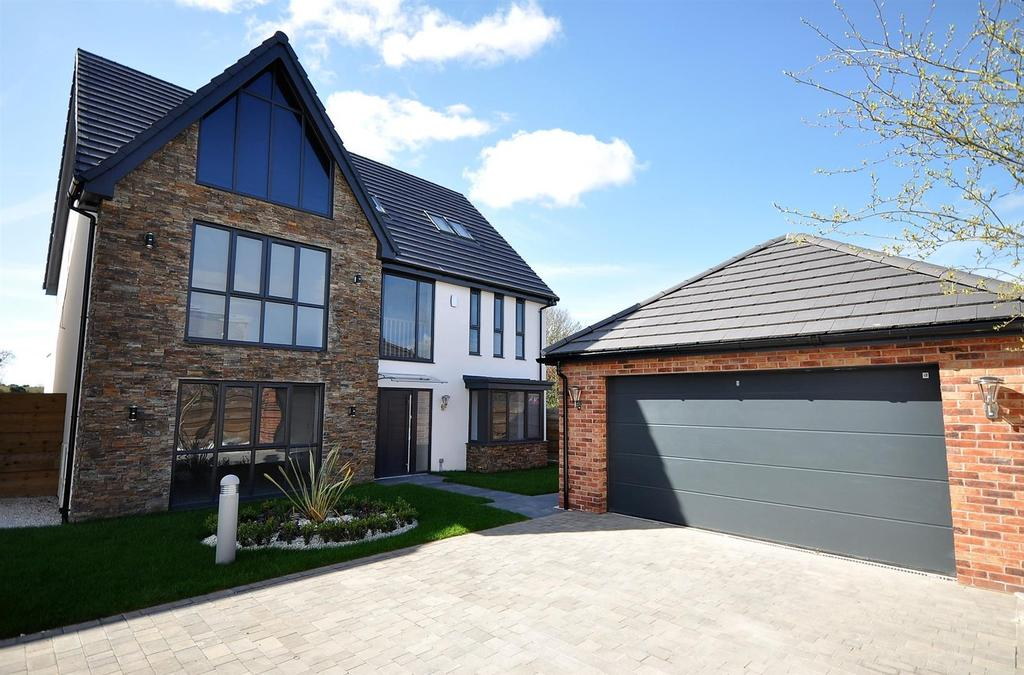 5 Bedrooms Detached House for sale in Plot 4 Type J 'Knightsbridge', Mulberry Gardens, Off Berry Hill Lane, Mansfield