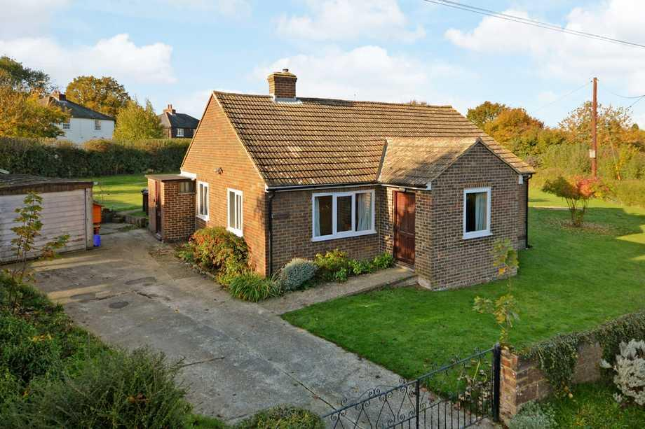 2 Bedrooms Bungalow for sale in Old Wives Lees, CT4