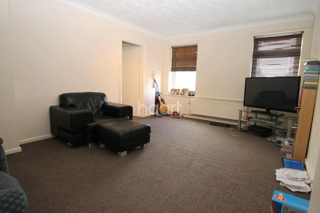 2 Bedrooms Flat for sale in Walsoken