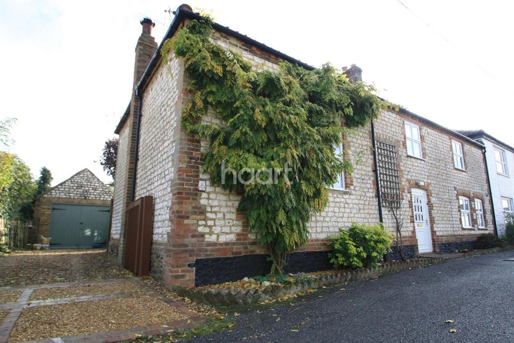 3 Bedrooms Cottage House for sale in Hall Lane, Northwold