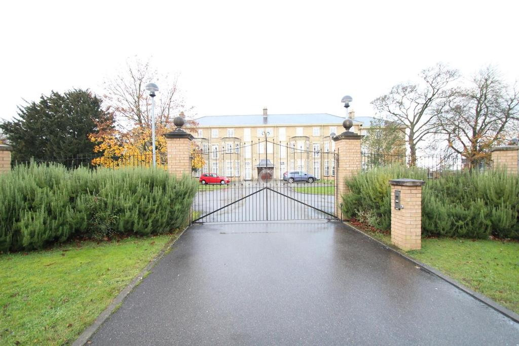 2 Bedrooms Flat for sale in Cathedral Heights, Bracebridge Heath, Lincoln, LN4