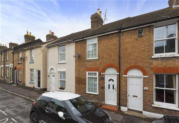 2 Bedrooms Terraced House for sale in St Johns Road, Faversham