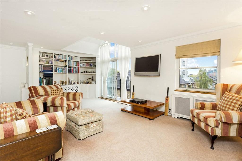 3 Bedrooms Flat for sale in Battersea Bridge Road, London, SW11