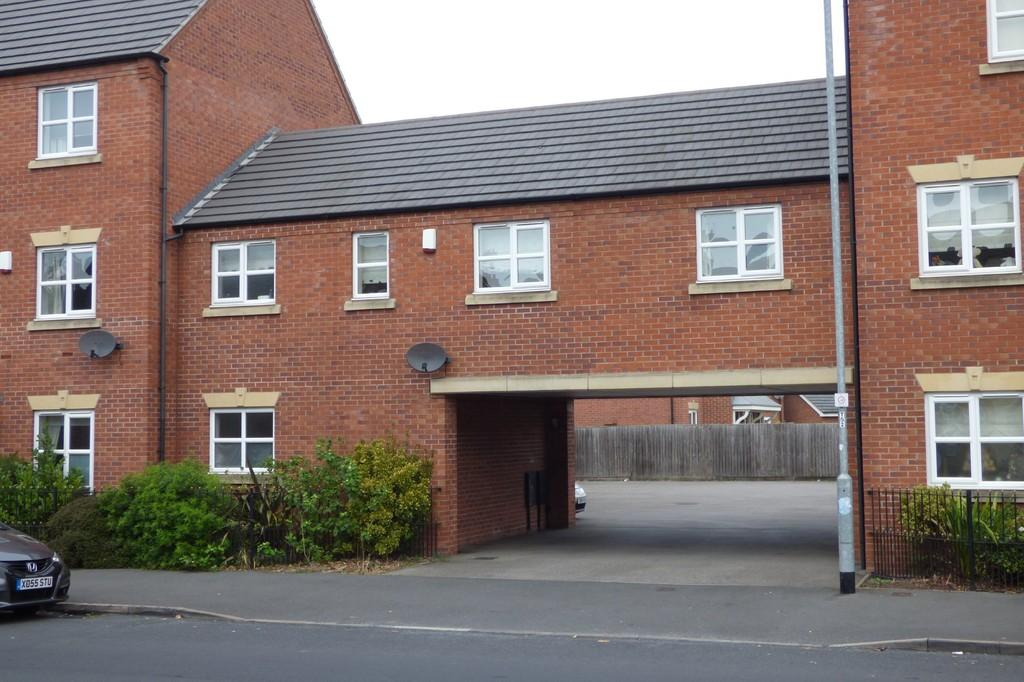2 Bedrooms Town House for sale in Dallow Street, Burton-on-Trent