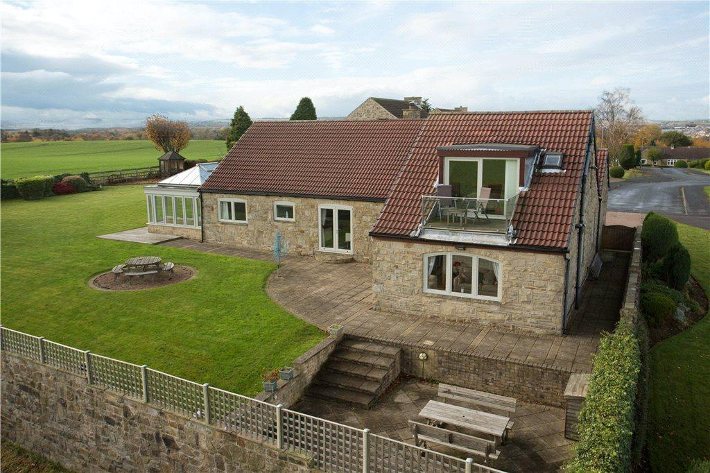 5 Bedrooms Detached House for sale in Martin Grove, Wakefield, West Yorkshire