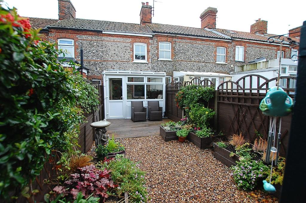 2 Bedrooms Cottage House for sale in Chesterfield Cottages, Cromer